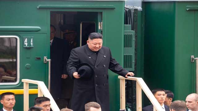 kim-jong-un-train