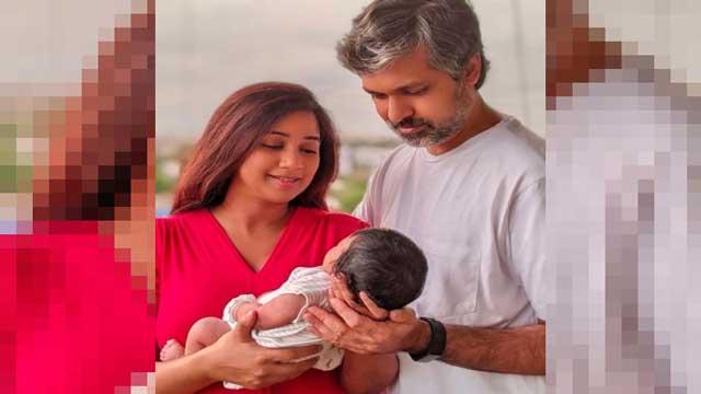 shreya-ghoshal-shares-first-photo-of-son-devyaan